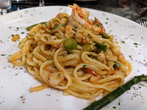 Fettucini with shrimp and asparagus at La Natalino ristorante, Florence, Italy