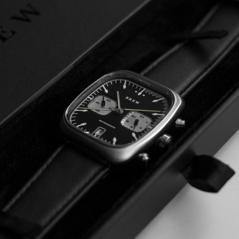 Brew Retrograph black dial close up