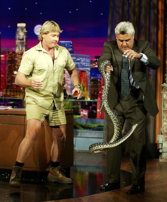 Steve-Irwin-and-Jay-Leno-on-The-Tonight-Show-576x700