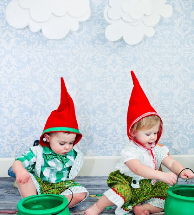 caf5a9d3b22 20 Cute & Coordinating Halloween Costume Ideas for Twins | Two Came True