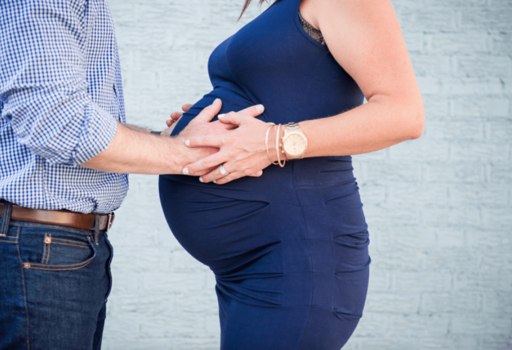 how to get through the last few weeks of twin pregnancy