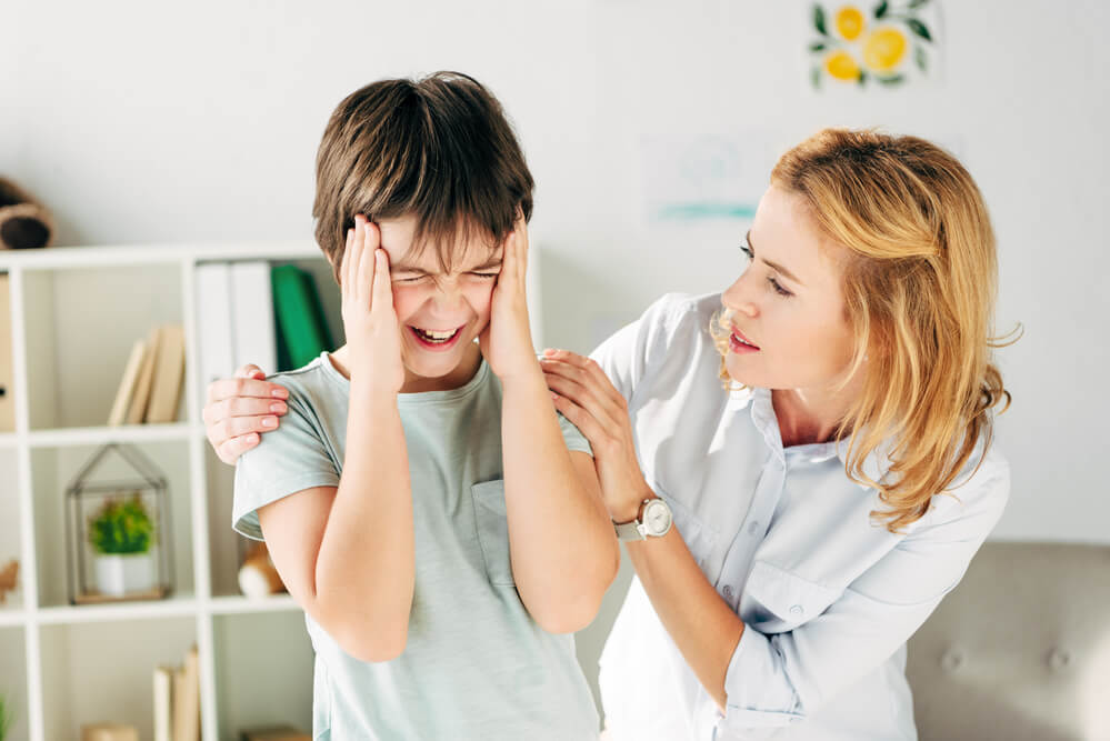 How to calm an angry child