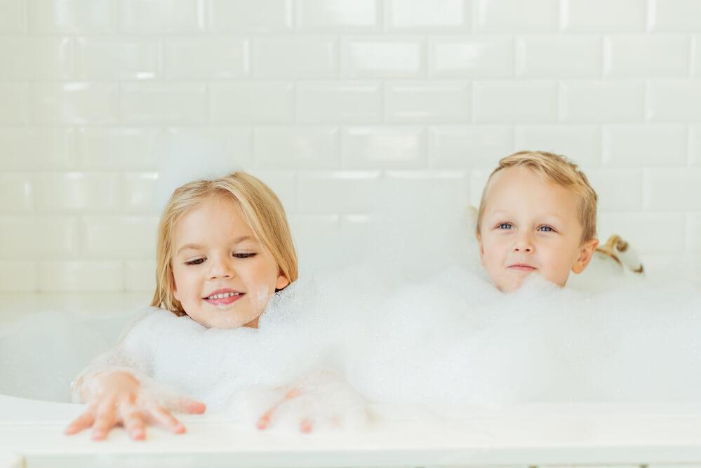 Easy indoor activities for little kids