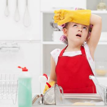 should you pay your kids for chores