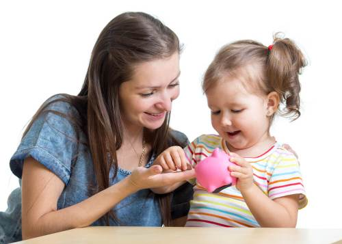 save money as a single mom