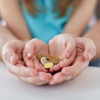 build wealth as a single mom