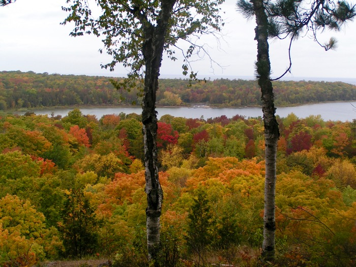 Fall colors in Peninsula State Park