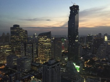 Bangkok's beautiful skyline at dusk.