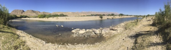 Panoramic photo of the crossing.