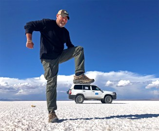 Out here on the salar you can have a ton of fun playing with the naturally distorted depth perception, which makes for some crazy cool fun pictures!