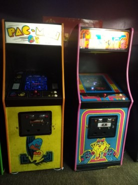 Vintage arcade at Video Game Rescue