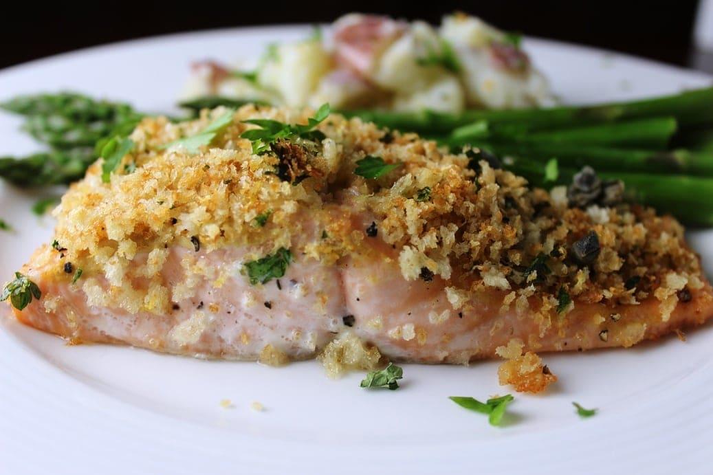 Lemon Panko Crusted Salmon Two Kooks In The Kitchen