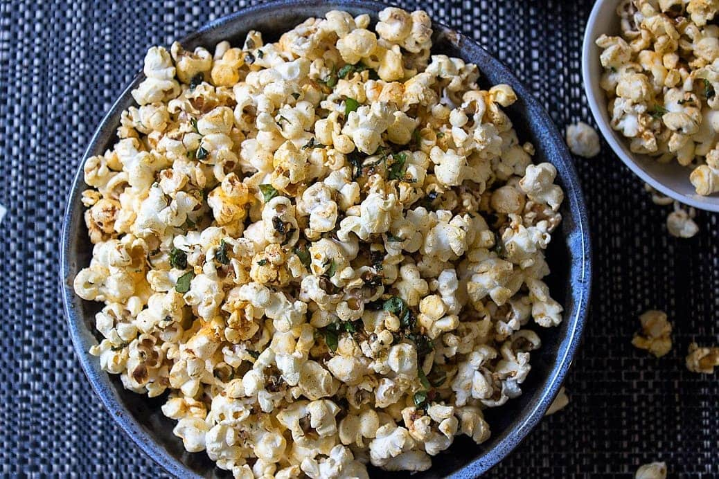 Spiced herb popcorn