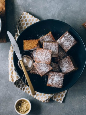 Gingerbread Snack Cake