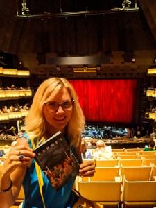 kobieta w operze