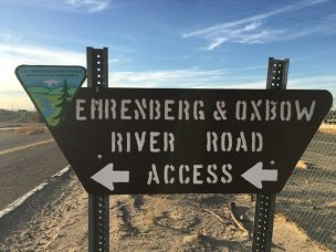 Image: Road sign for river access