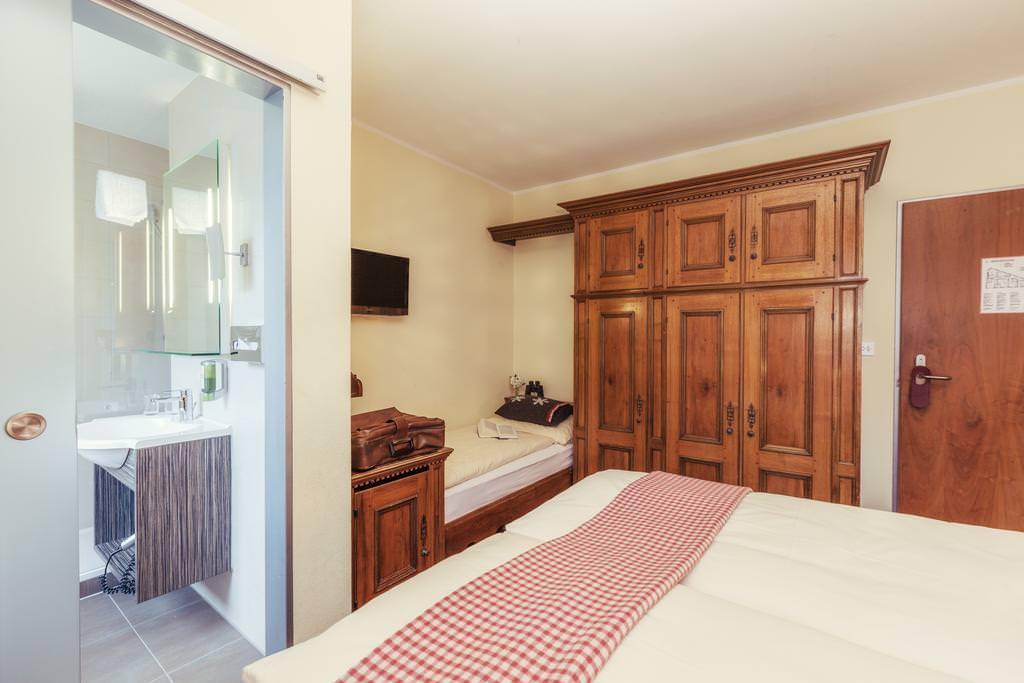 Ultimate List of Best Backpacker Hostels Le Petit CHARME-Inn_Zermatt_Switzerland