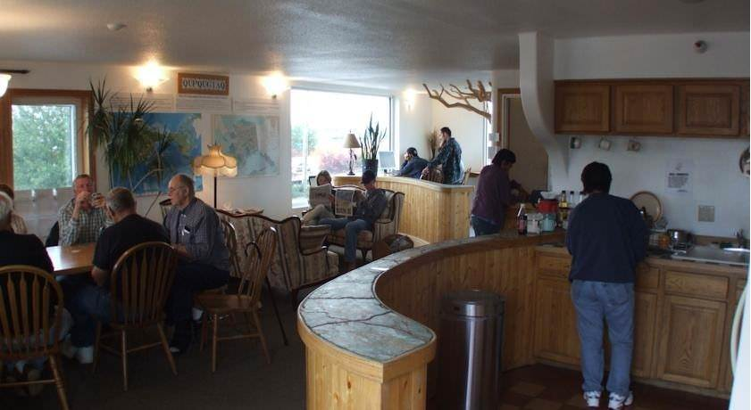 Ultimate List of Best Cheap Hostels for Backpackers in Anchorage, Alaska, Qupqugiaq Inn