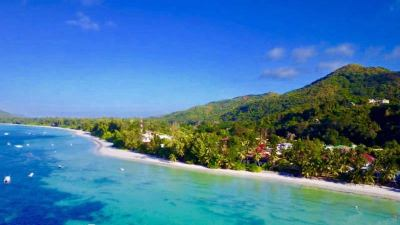 Praslin Travel Guide - A Luxurious Island Paradise in ...
