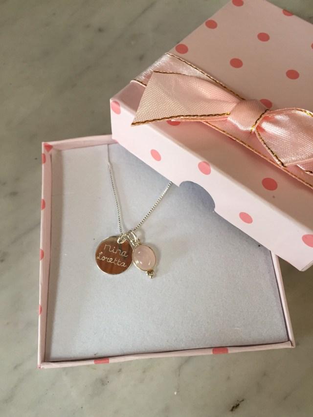 ketting-in-doosje KAYA sieraden: juwelen met een verhaal en een hart