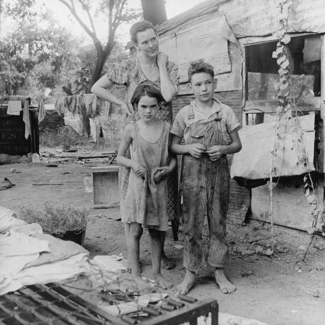 Poor_mother_and_children_Oklahoma_1936_by_Dorothea_Lange Dust Bowl USA - gedocumenteerd door Dorothea Lange