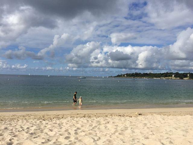 Strand-van-Bénodet La douce France: op reis naar Bretagne met een kind