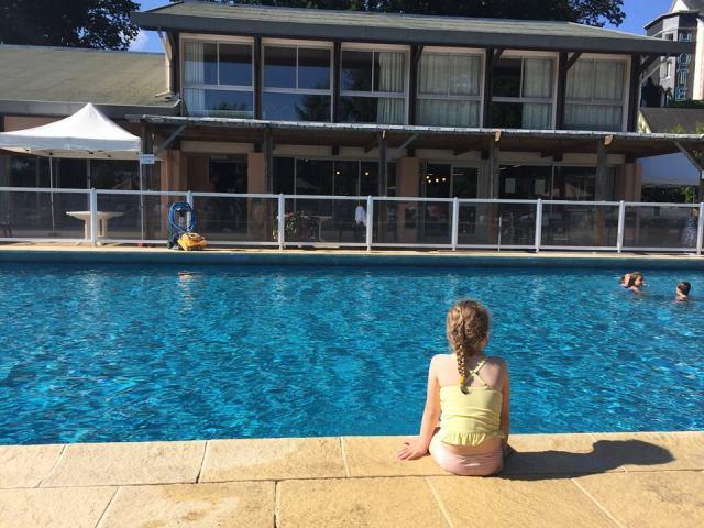 zwembad-Hotel-ker-Moor La douce France: op reis naar Bretagne met een kind