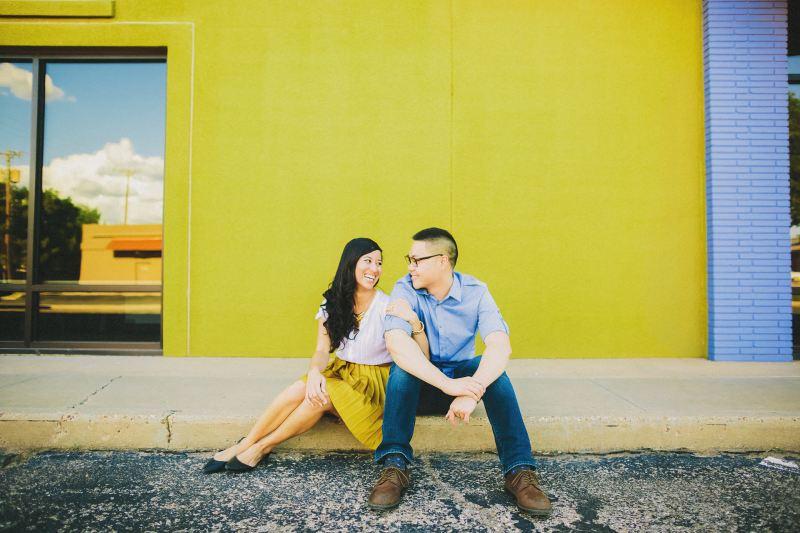 Lubbock-wedding-photographers-texas-austin-dallas-fort-worth-outdoory-colorfu-fun-00012
