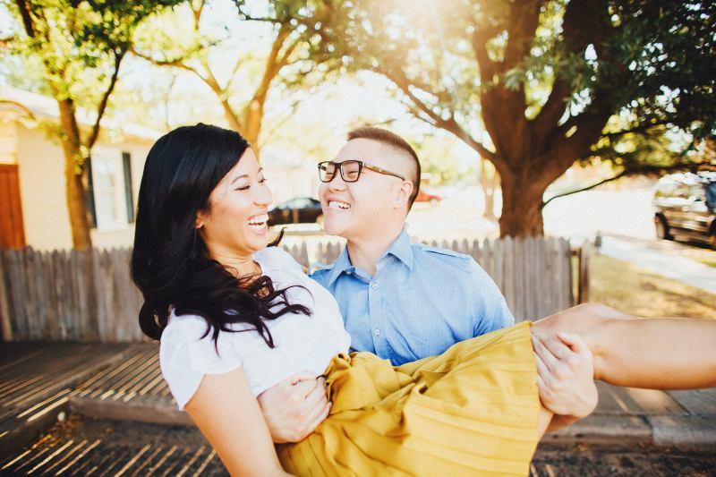 Lubbock-wedding-photographers-texas-austin-dallas-fort-worth-outdoory-colorfu-fun-00015