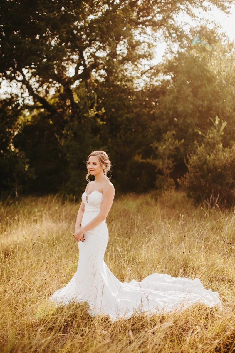 Austin Bridal photography field nature golden hour sun ashley haddock addison grove