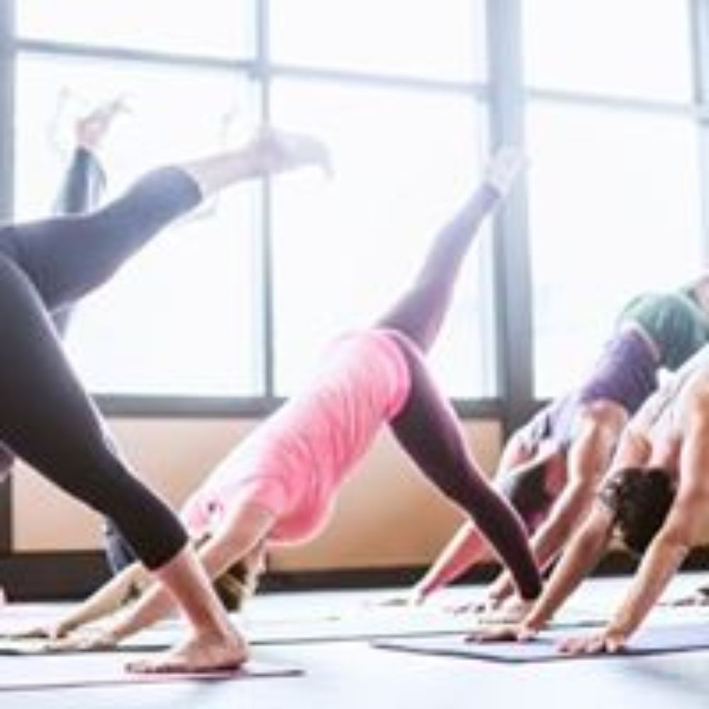 Yoga and Pilates Instructor near St Ives: Helena Everdell Review