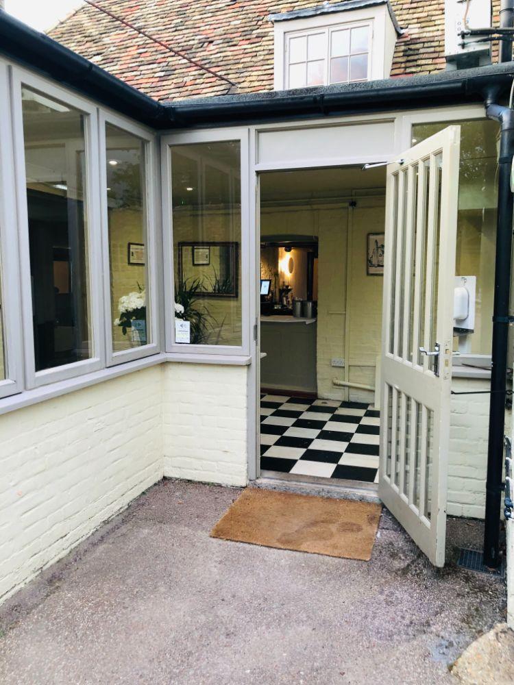 entrance MJP