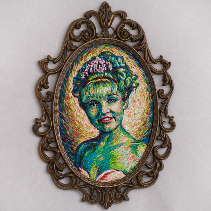 laura-framed