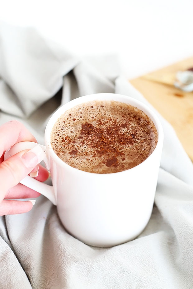 Vegan Hot Chocolate + VIDEO !!! I'm excited to show you all my second video including a lil bit of life ;-) and a super easy+creamy dark chocolate recipe for Hot Chocolate!