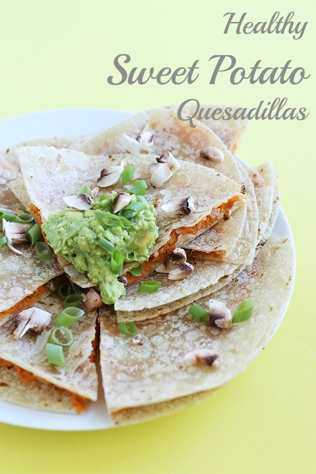 Healthy Sweet Potato Quesadillas are flavored with chili powder, mushrooms and scallions. Super simple to make, low fat, vegan and gluten free! / TwoRaspberries.com