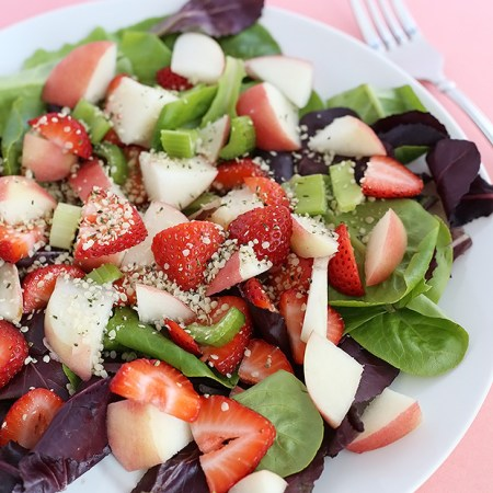 Fruity Strawberry Peach Superfood Salad