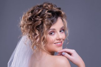 Bridal hair styling course