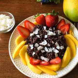 How to get perfect pressure cooker black rice pudding each time. No more over or undercooked rice, make a perfect creamy black rice purdding in your Instant Pot or Pressure Cooker.