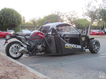 two seater, side-by-side trike