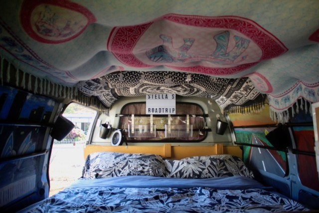 Campervan-plan-for-traveling-Australia-Our-tips-and-what-to-look-for-comfy-matress-Two-Souls-One-Path