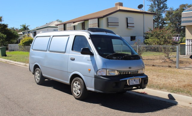 Campervan-plan-for-traveling-Australia-Our-tips-and-what-to-look-for-no-ventilation-Two-Souls-One-Path