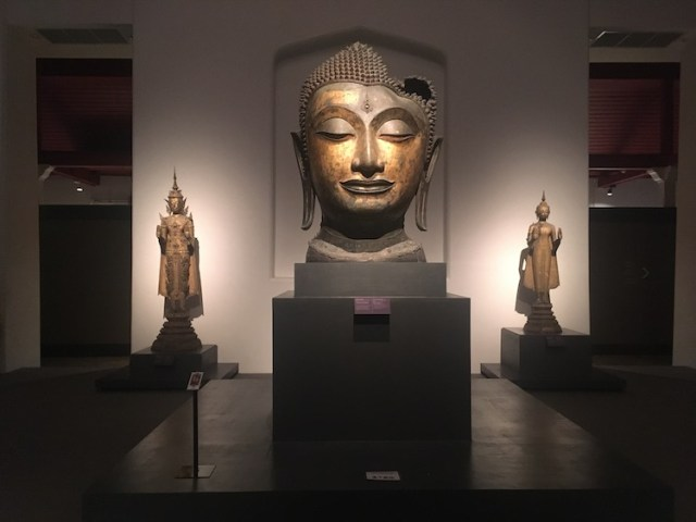 National-Museum-24-hours-in-bangkok-Two-Souls-One-Path