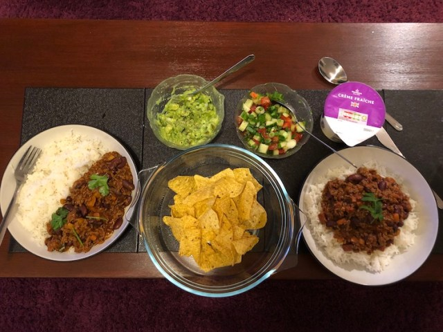 Chilli con carne with all the trimmings