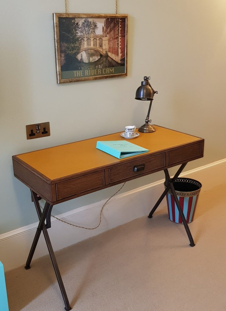 Luxury University Arms Hotel Cambridge Writing Desk Leather