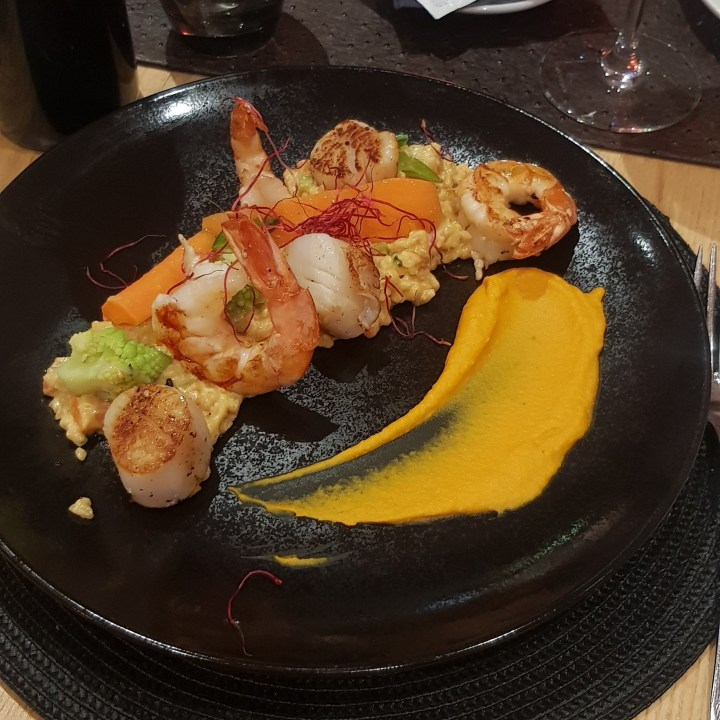 L'Alisier Les Deux Alpes Top 5 Restaurants Grilled Prawn Scallop