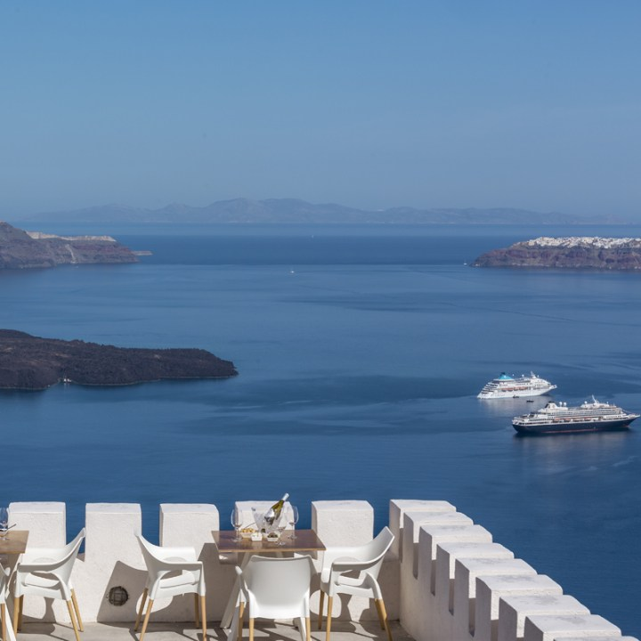 Perfect Holiday Santorini Itinerary Travel Tips Santo Wines