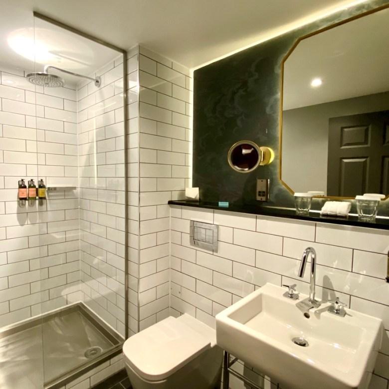 Hotel du Vin Stratford upon Avon Modern Chic Comfort Convenient Central Location Design Bathroom