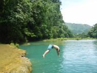Tom dives funny