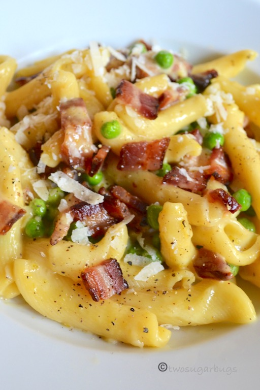 Favorite Pasta Carbonara. Comes together quickly with five ingredients, perfect for a busy night, but special enough for a dinner party. #twosugarbugs #pastacarbonara #pasta #dinnerisserved