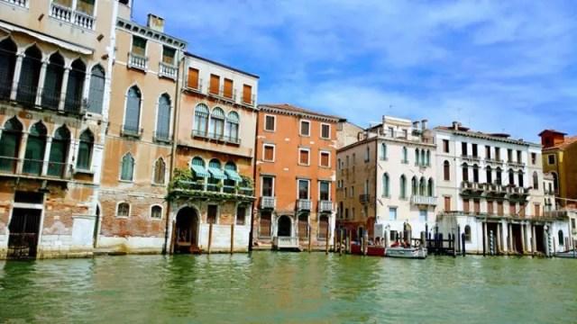 Travel Venice in April